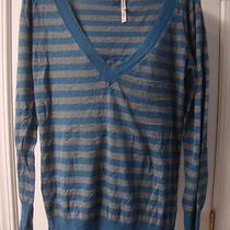 Womens Aeropostale v-Neck Sweater Size L Photo