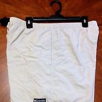 Womens Columbia Shorts Size Large Photo