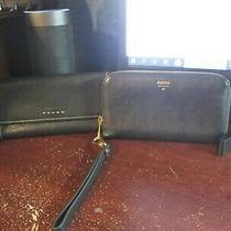 Womens Fossil Black Leather Zip Around Wristlet & Checkbook Wallet Photo