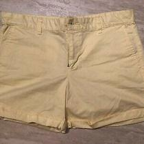 Womens Gap Light Yellow Button and Zipper Fly Shorts Size 10 Photo