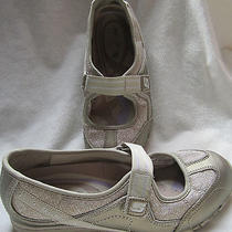 Womens Gold Slip on Skechers Velcro Flats Athletic Sneakers Shoes Sz 5.5 Photo
