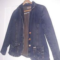 Womens Levis Jean Jacket Size Medium Photo