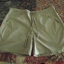 Womens Medium Columbia Tan Hiking Walking Outdoor Shorts Polyester/cotton Photo