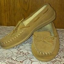 Womens Minnetonka Moccasin Slippers Size 7 Photo