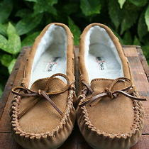 Womens Minnetonka Moccassin  Slipper   Shoe 8m Photo