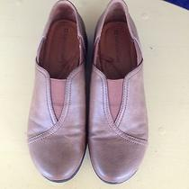 Womens Naturalizer Tan Slip on Shoes.  Size 8w.  Gently Worn. Photo