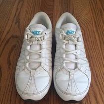 Womens Nike Shoes Photo