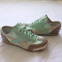 Womens Reebok Mint Retro Sneakers Size 7.5 Photo