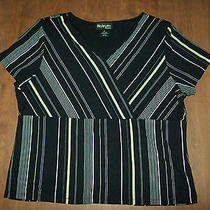 Womens Size 2x Black Striped v-Neck Top Short Sleeves Workdresscasual Photo
