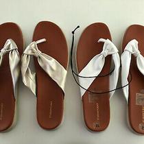 Womens St John's Bay 2 Pairs Gold White Flip Flops Sandals Sz 12 M  Photo