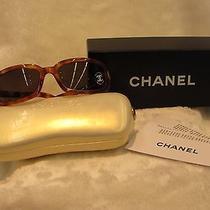 Womens Sunglasses Photo