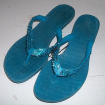 Womens sz.7 Aqua Blue Flip Flop Sandals With 1