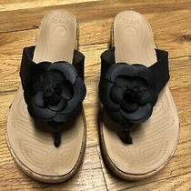 Womens Sz 8 Crocs Black Nubuck Leather Flower Thong Cork Wedge Flip Flop Sandals Photo