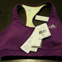 Womens Techfit Molded Cup Sports Photo