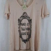 Womens Tennessee Wyatt Parker Blush Graphic v-Neck T-Shirt Size L New W Tags Photo