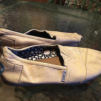 Womens Toms Size 7.5 Shoes Grunge Photo
