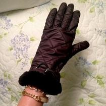 Womens Ugg Gloves Photo