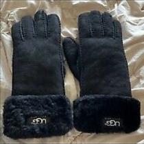 Womens Ugg Gloves - Black Photo