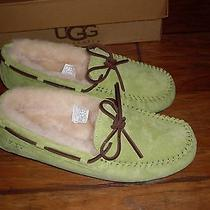 Womens Ugg Slippers New Size 9 Photo