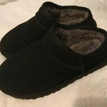 Womens Ugg Slippers Size 8 New Photo