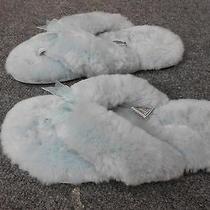 Womens Ugg Slippers    Sz 5 Photo
