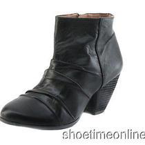 Womens Vince Camuto 6 M Black Handella Casual Slip on Zipper Ankle Boot 139 Photo