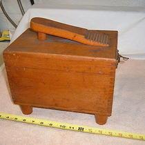 Wooden Shoe Shine Polishing Box Photo