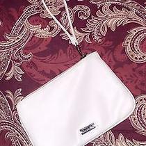 Wristlet Express - White - New Photo