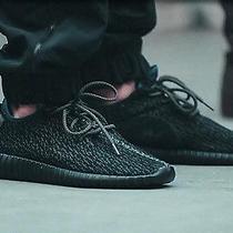 Yeezy Boost 350 Black Size 9 Photo