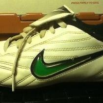 Youth Nike Soccer Cleats Shoes Size 2.5 White / Black Photo