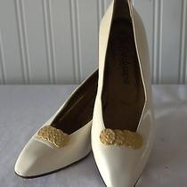 Ysl Yves Saint Laurent Vintage Bone W Gold Accent Pumps 7 N Made in Italy  Photo