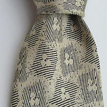 Yves Saint Laurent Paris Beige Colour Gorgeous Silk/soie Tie Photo
