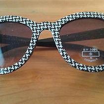Zara Designer  Black and White Houndstooth Design Sunglasses Photo