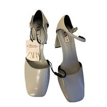 Zara Shoes Heels / Heel Shoe Talon Ferme Color Light Gray Size 7.5 Photo